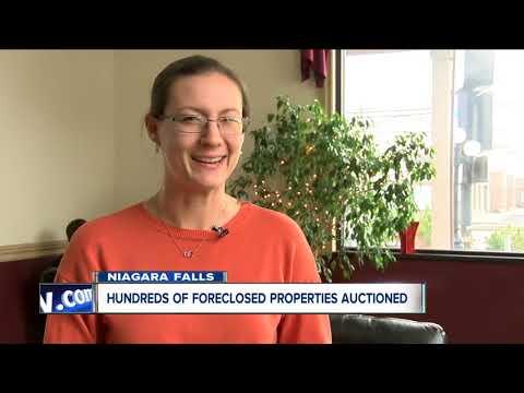 Niagara Falls auctions hundreds of properties