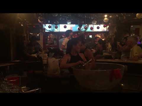 Imagine - Live in Ho Chi Minh City (video completo)