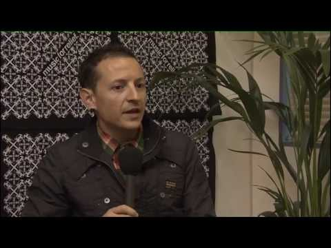 Linkin Park - Waiting For The End & Iridescent (Live at Download) + Interview (HD)