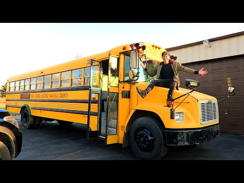 Thumbnail: WE GOT THE BUS!!