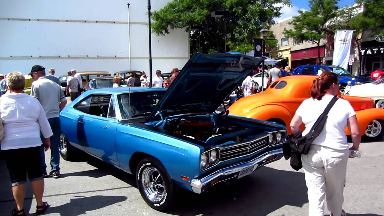 Classic Car Show, Chevy, Mopar, Ford - YouTube