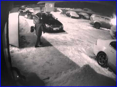 Мурманчанин поджег автомобиль своей знакомой