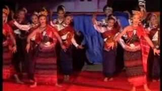 รำบายศรีสู่ขวัญ 2 (Thai dance)