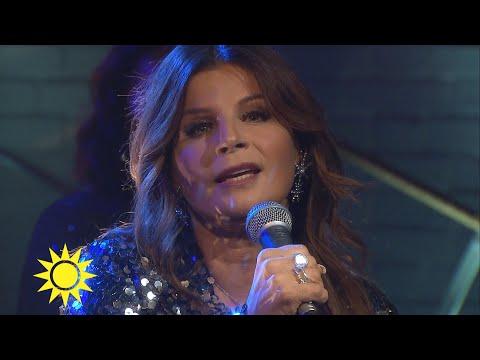 """Carola sjunger nya låten """"Let it in"""" - Nyhetsmorgon (TV4)"""