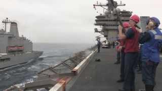 Gambar cover Refueling at Sea Between USS George H. W. Bush and USNS Tippecanoe