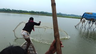 Throw Net Fishing on Boat | Unbelievable net fishing | fishing with cast net (Part-04)