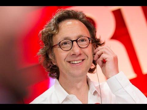 Lambert Wilson, Pierre Niney et Jérôme Salle dans A La Bonne Heure - Partie 1 - RTL - RTL