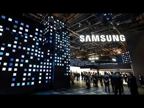 Samsung warns of profit drop after Apple slashes revenue guidance