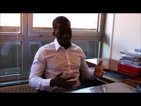Brandon Nsingi ancien étudiant de la licence professionnelle Assurance, banque, finance IUT d'Evry