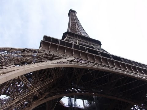 Eiffel Tower in pictures - Paris - HD