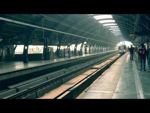 Delhi Metro 🚉.     ARR FRAMES 🎥