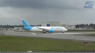Air Tanzania ndege mpya tanzania ya magufuli  ikipaa na abiria safari ya kwanza dar airport to mwanz