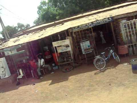 A LA RENTREE DE KOUDOUGOU- BURKINA FASO