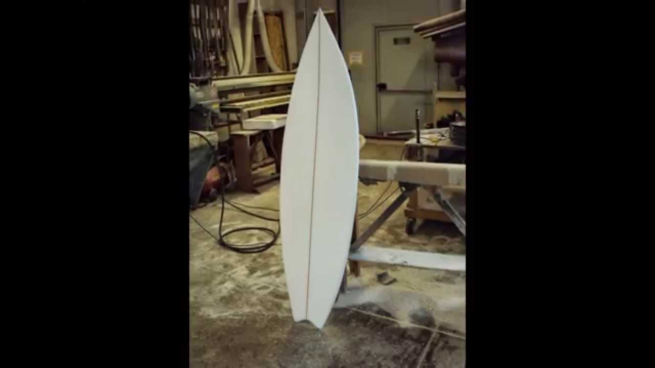 Costruzione tavola da surf kitesurf youtube - Tavola da surf a motore ...