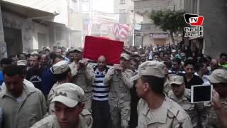 مظاهرة نسائية ضخمة أثناء تشييع جثمان شهيد العريش: «الشهيد حبيب الله»
