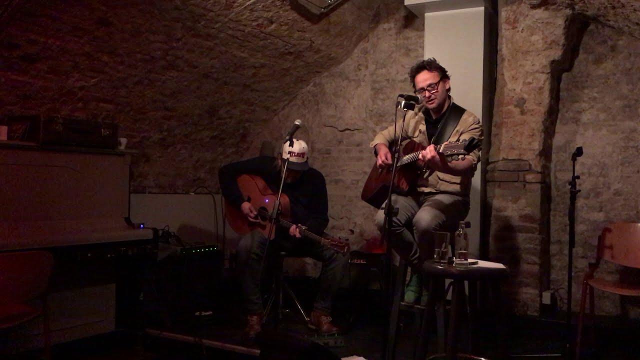 Steek een kaars op in het donker - met Johan Franssen (Van Piekeren), Kargadoor