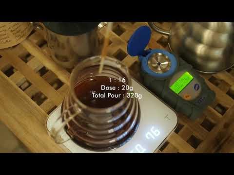 - ASMR - Brewing Coffee (Honduras - La Colmena)