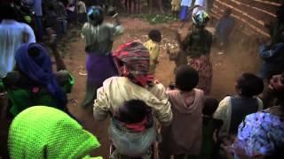 Детская экспедиция в Уганду. Танцы пигмеев.