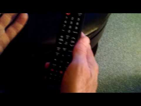 Using the remote to change between HDMI1 and HDMI2
