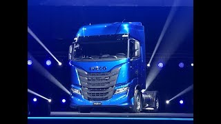 Premiere new Iveco S-WAY