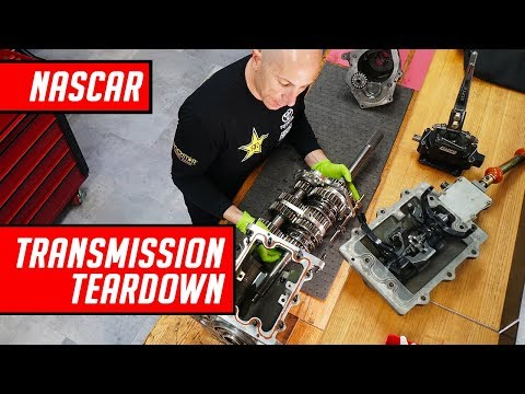 How does a NASCAR stock car transmission work?