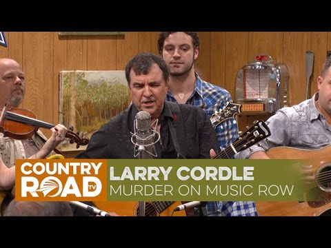 Larry Cordle sings