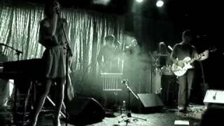 An Pierlé & White Velvet - Need You Now - Sceaux What 2007