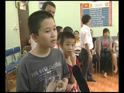 Kỹ năng sống cho trẻ em _ Dạy trẻ dũng cảm(Truyền hình Hà Nội)