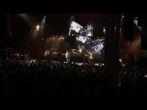 Kings of Leon Pyro Live Houston
