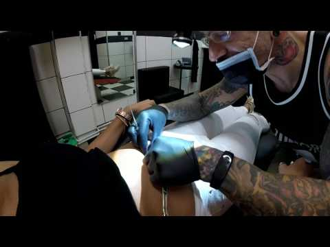 Navel Piercing - Dirty Roses Tattoo Studio - Thessaloniki - Greece (1080p)