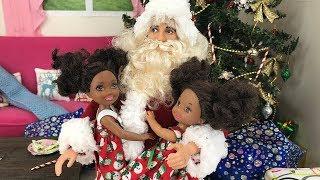 Christmas Morning 2017! Santa Brings Gifts | Naiah & Elli Doll Show #14