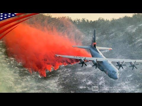 真っ赤な消化剤を空中散布するC-130:カリフォルニア州