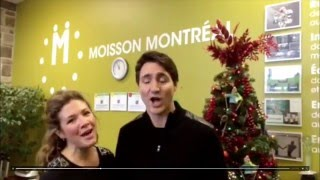 Sophie & Justin Trudeau sing Jingle Bells