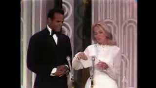 Video M*A*S*H and Patton Win Writing Awards: 1970 Oscars download MP3, 3GP, MP4, WEBM, AVI, FLV Desember 2017