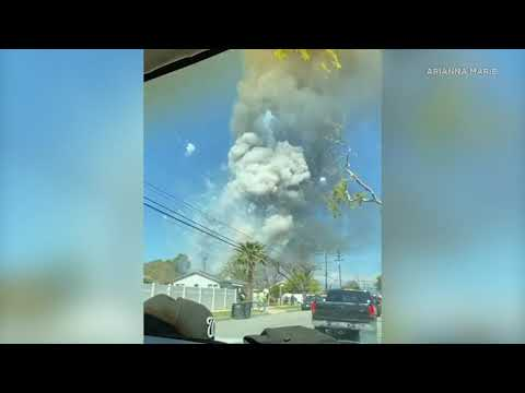 Eyewitness videos show moment of dramatic explosion in Ontario | ABC7