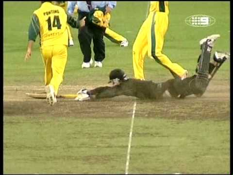 Awesome cricket match ending, raining sixes vs Australia