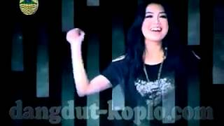 Video HOUSE KOPLO = Cintai Aku Karena Allah = Suliana download MP3, 3GP, MP4, WEBM, AVI, FLV Oktober 2017