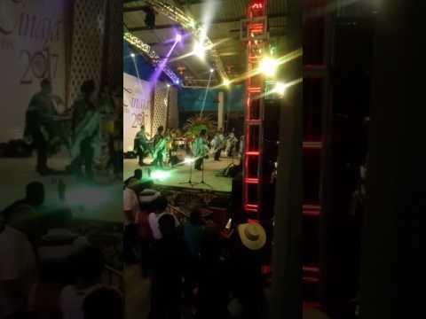 Niña enamorada - Los Askis en Pantepec Puebla