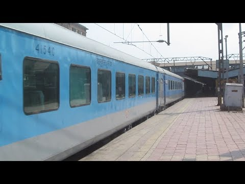 Brand New CR Marked Shatabdi Coaches with 22109 LTT - NZM AC Express @ 105 +kmph !!