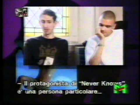 EMF - SPECIAL VIDEOMUSIC 1993 - INTERVIEW AND SUBTITLES ITALIANS 1/2