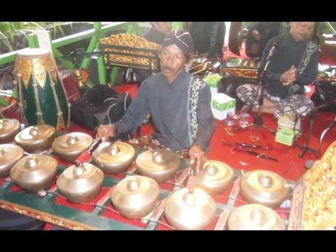 AYAK PAMUNGKAS - Javanese Gamelan Ensemble - Javanese Wedding [HD]
