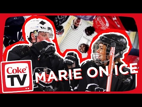 Eishockey mit Snukieful | #CokeTVMoment
