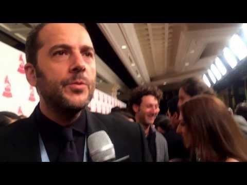 Ver Video de Jose Gaviria José Gaviria en los Latín Grammy para la Superestacion