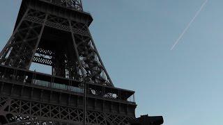 Париж.Мощенник.Архитектура.Башня Эйфеля.(У нас с друзьями есть хорошая традиция,31 декабря приезжать в Париж и праздновать новый год. Мы гуляем,узнаё..., 2015-01-11T04:00:01.000Z)