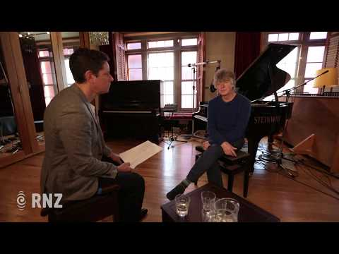Quick Questions with Neil Finn