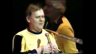 THE SPINNERS-THE FAIRLIE DUPLEX ENGINE-LIVE 1988
