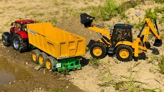 BRUDER TOYS construction TRACTORs sand work! Action video for kids!