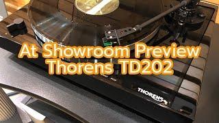 At Showroom Preview - Thorens TD202 [Binaural Recording, use headphone]