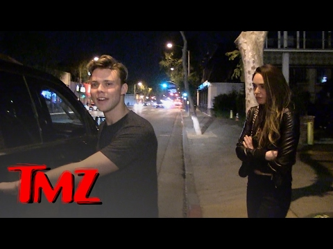 5SOS'S ASHTON IRWIN -- FANS CAN TROLL MY GIRL | TMZ