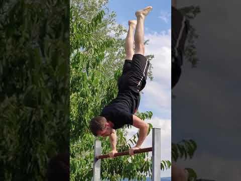 Strong start, failed finish 🤣 #FailArmy..#gymnastics #fail #funnyfail